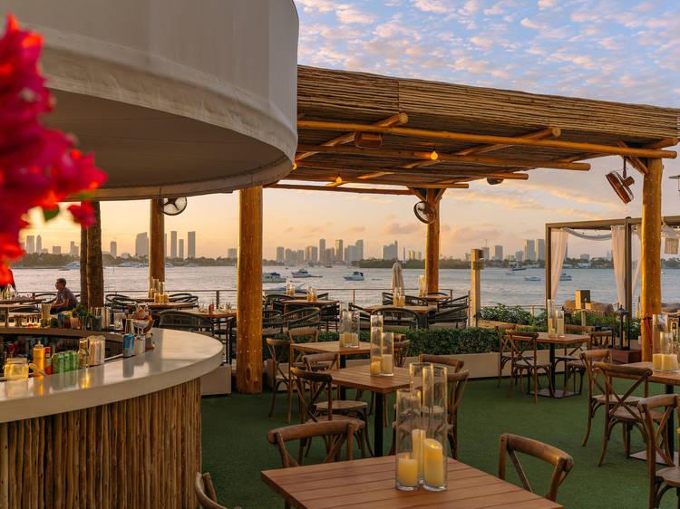 Baia Beach Club Restaurant