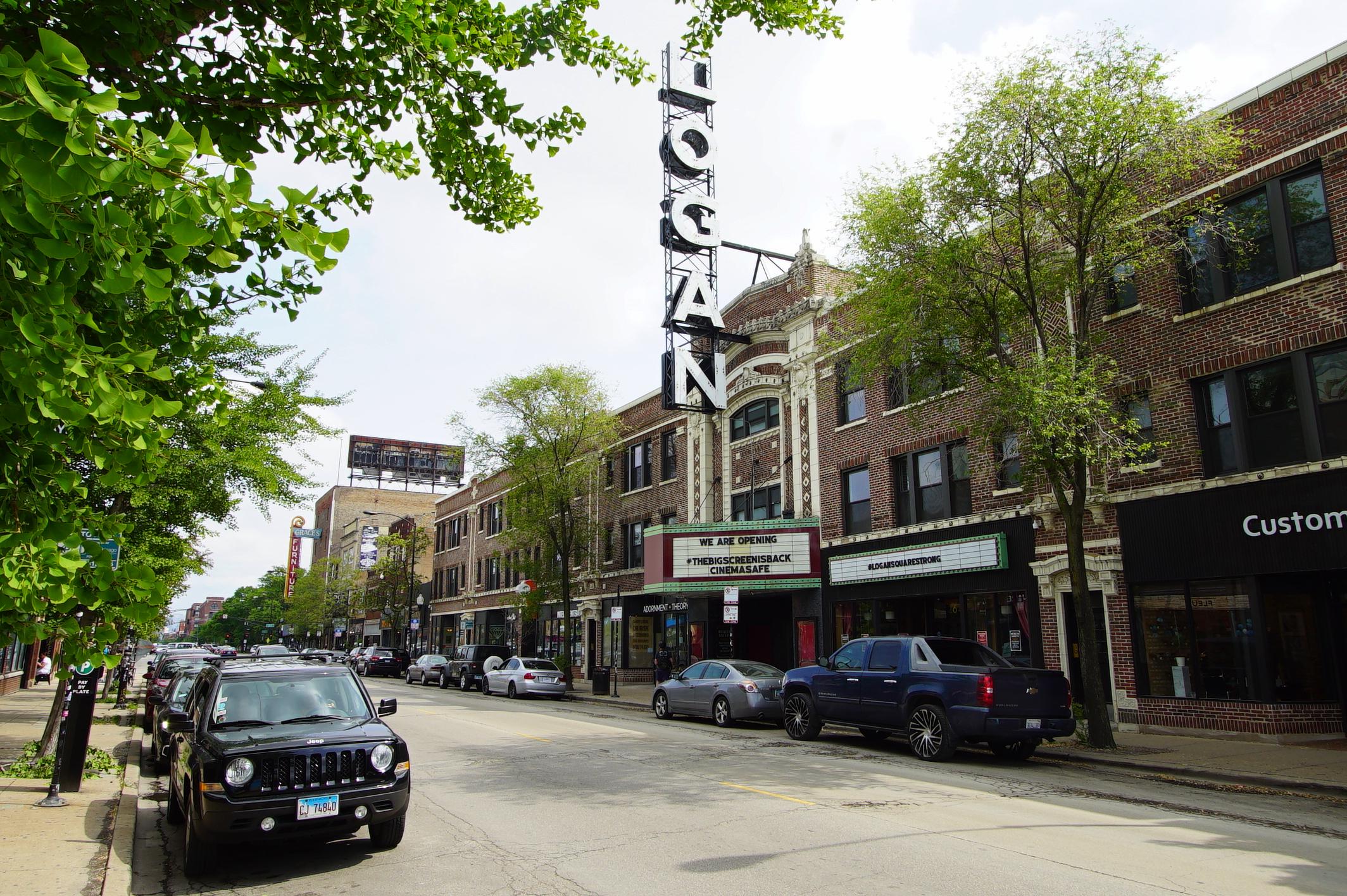 Milwaukee Avenue, Chicago