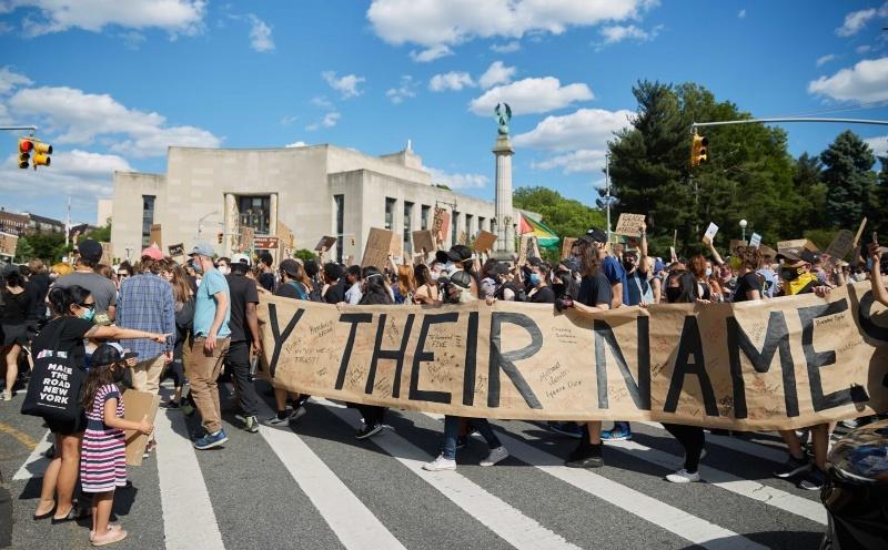 Brooklyn Resists BPL Center for Brooklyn History