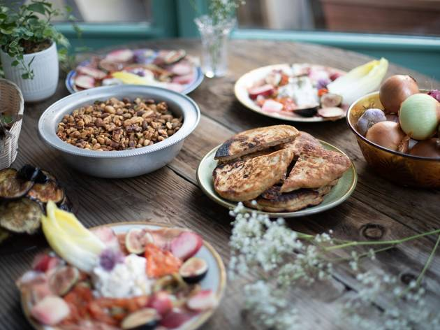 This new picnic-themed restaurant in Fort Greene is summer in a nutshell