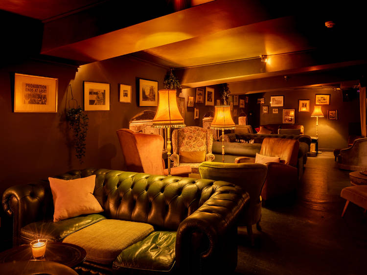 Head back to the 1920s at this vintage wine bar
