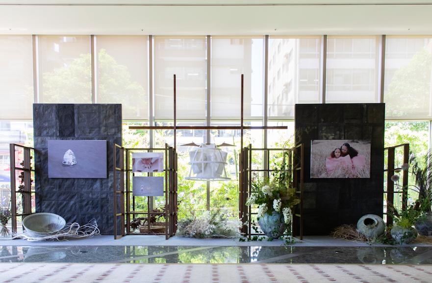 グランドハイアット東京のロビーがアートスペースに
