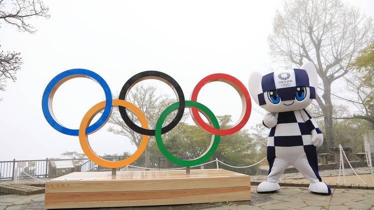 Tokyo 2020 Olympic rings