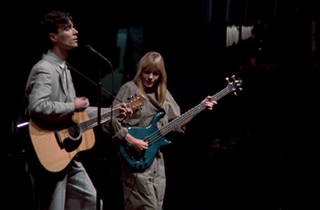 ©1984 TALKING HEADS FILMS.  ALL RIGHTS RESERVED 提供:キングレコード 配給:boid
