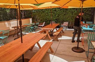 HomeState Pasadena patio