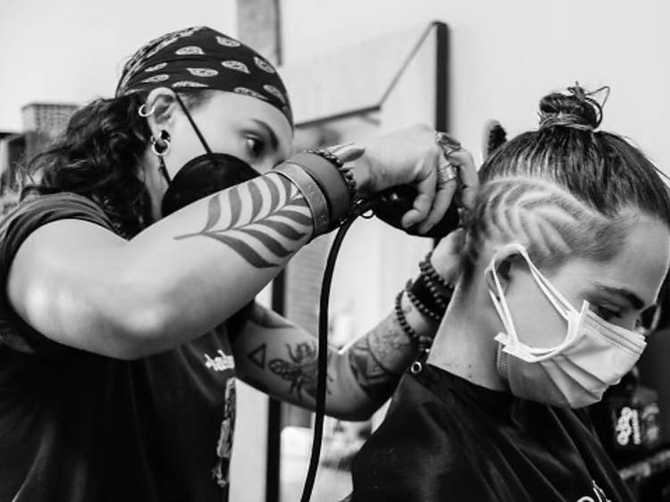 Free designs and undercuts by Hairrari
