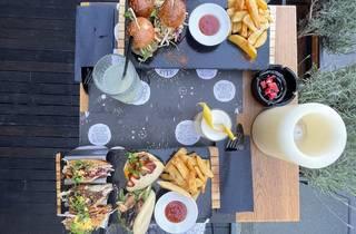 jellyfish, in, space, restoran, bar, restaurant, food, hrana, fuzija, fusion