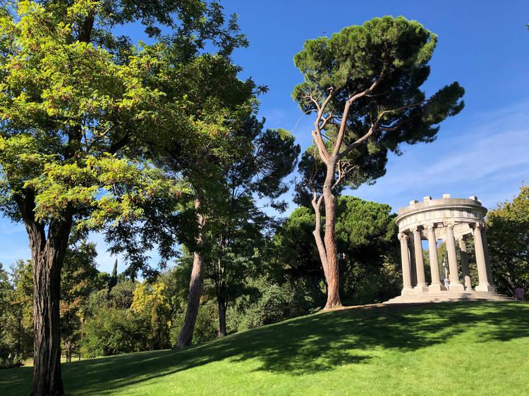 Recorre el romántico Parque de El Capricho
