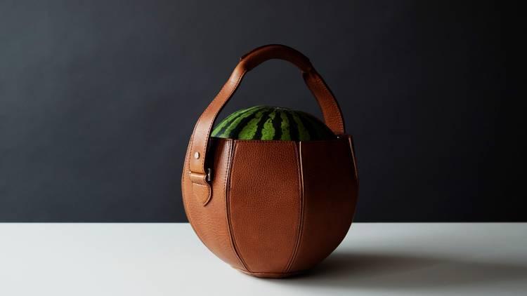 土屋鞄製作所『スイカバッグ』