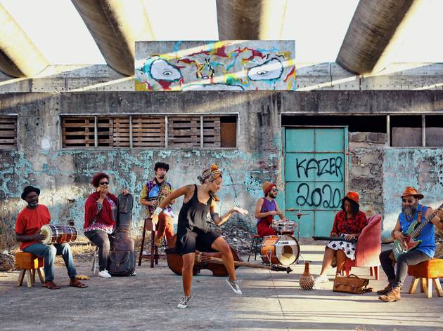 Theo Pascal Quamundos2 feat. Carmen Souza