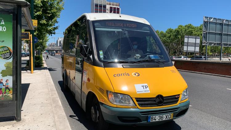 Autocarro a pedido