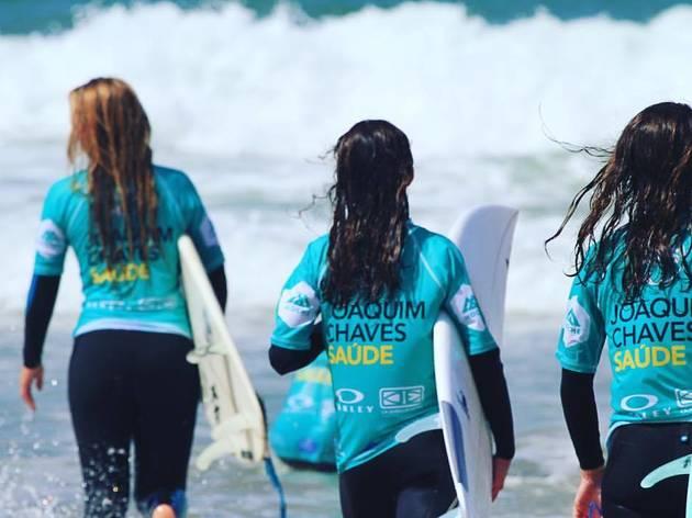Academia Profissional de Surf