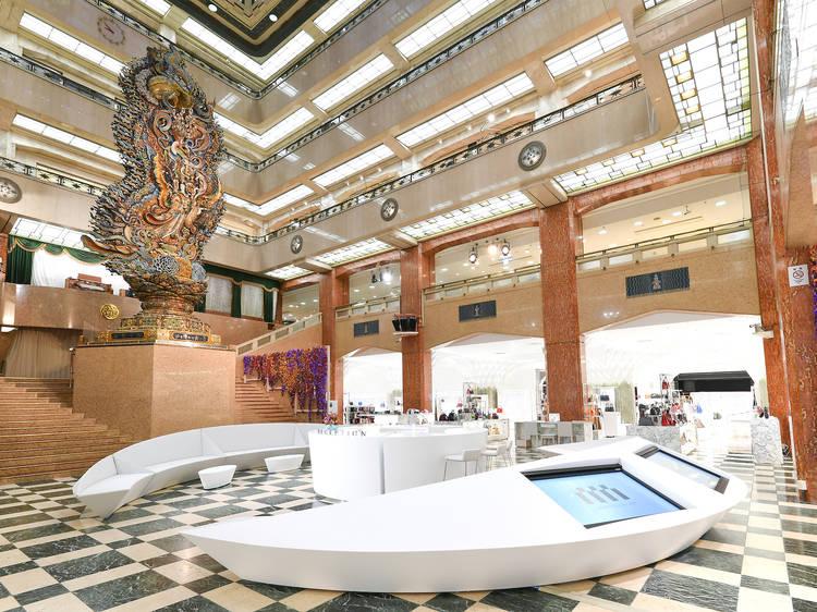 Explore the grand dame of department stores at Nihombashi Mitsukoshi