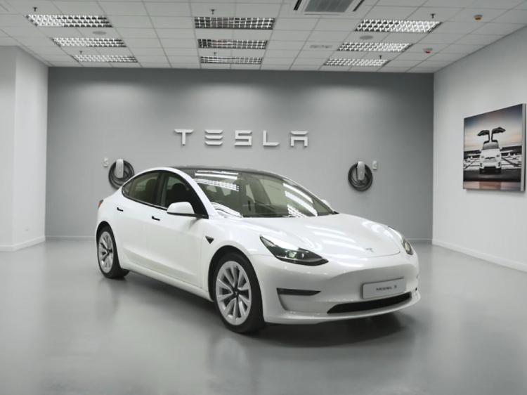 嘉民集團送 Tesla 電動車及豐富購物現金券(已結束)