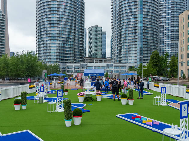 A mini-putt pop-up serving vodka sodas is coming to Montreal's Old Port
