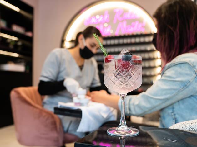 Sky Nails Salon
