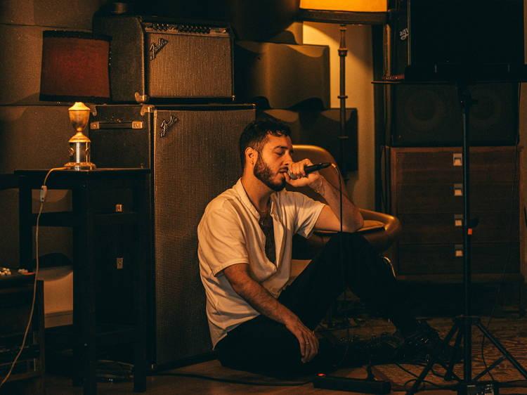 """Pedro Mafama: """"A minha música é homenagem e carga de ombro à tradição"""""""