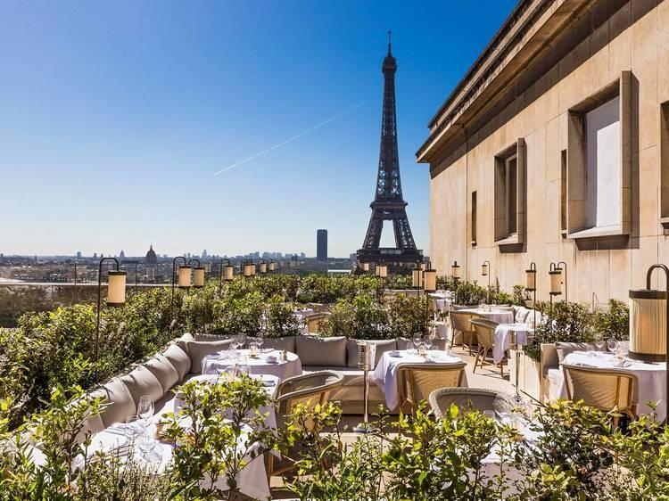 La Suite Girafe : le nouveau rooftop (très) classe du 16e arrondissement
