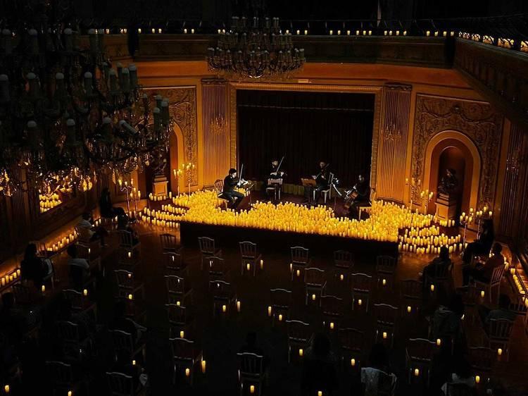 Ateneu Comercial do Porto recebe concerto à luz das velas