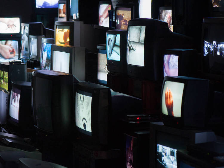 Musée d'Art moderne •Pretty much every film and video (Douglas Gordon, 1992-2014)