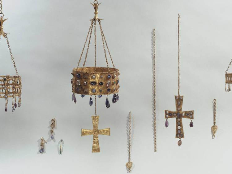 Musée de Cluny • Le Trésor de Guarrazar (VI-VII siècle)