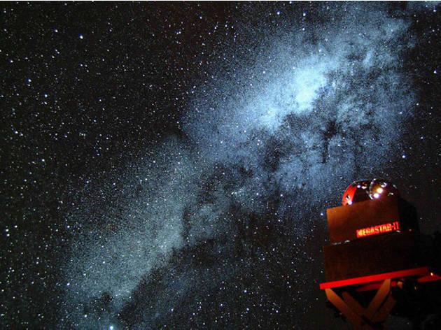赤レンガ・アートプラネタリウム「星と歩く」