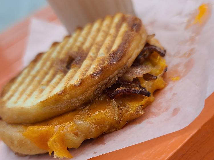 Here's why we'll be eating these donut grilled cheese sandwiches all summer