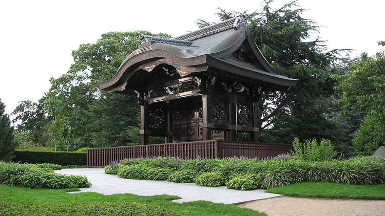 Japanese Gateway  / Kew Gardens
