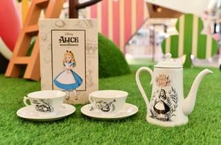 Yoho Mall Alice in Wonderland