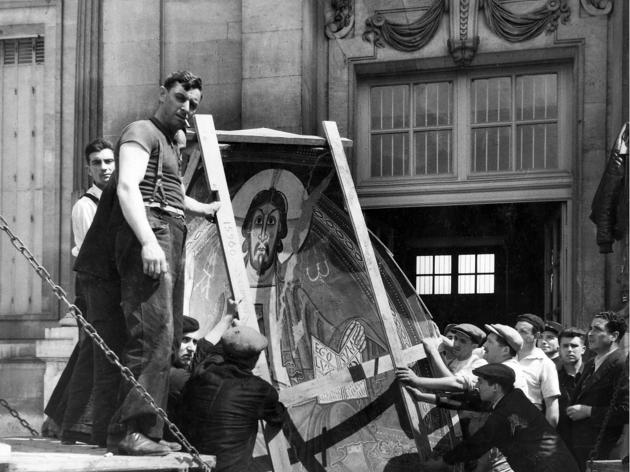 Arribada de les obres d'art romànic a Paris, 1937