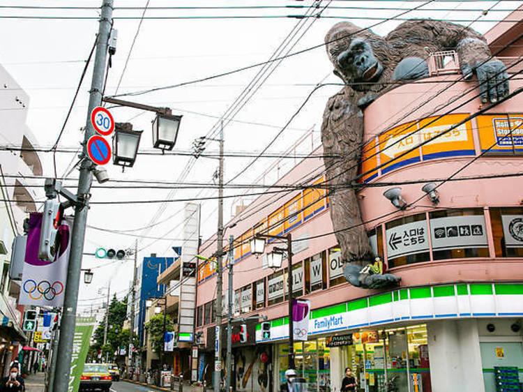 東京、路上で出会える巨大モンスター10選