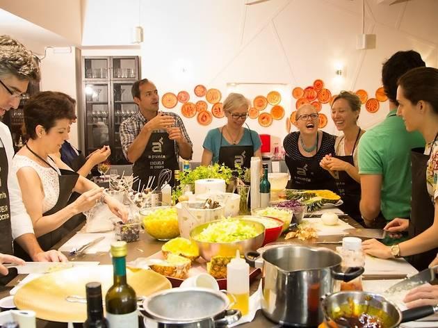 A Punto Escuela De Cocina y librería gastronómica