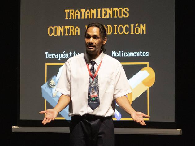 Antonio Trejo Sánchez actuando en a obra Contra los daños que causa la mota