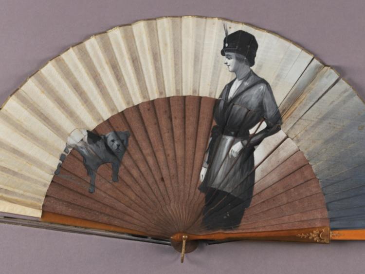 Do Chapéu e do Leque: Função e Simbolismo