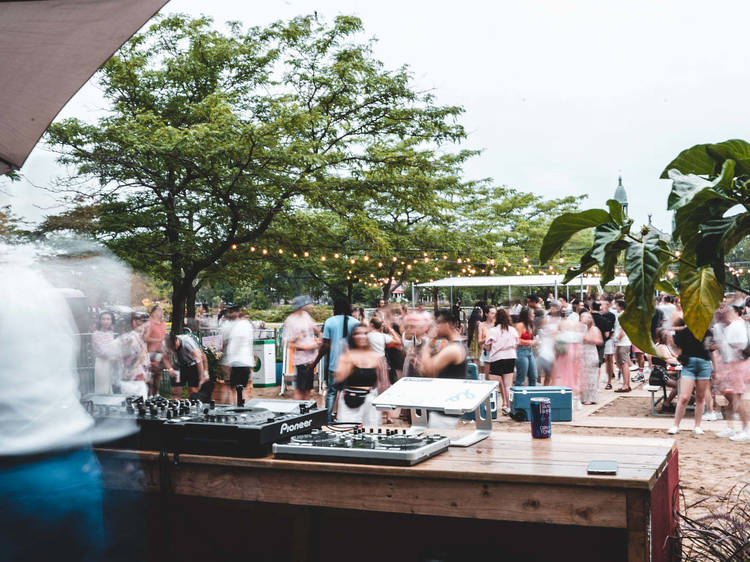 Weekend beach parties with live music, a bar, and boat rentals have arrived in southwest Montreal
