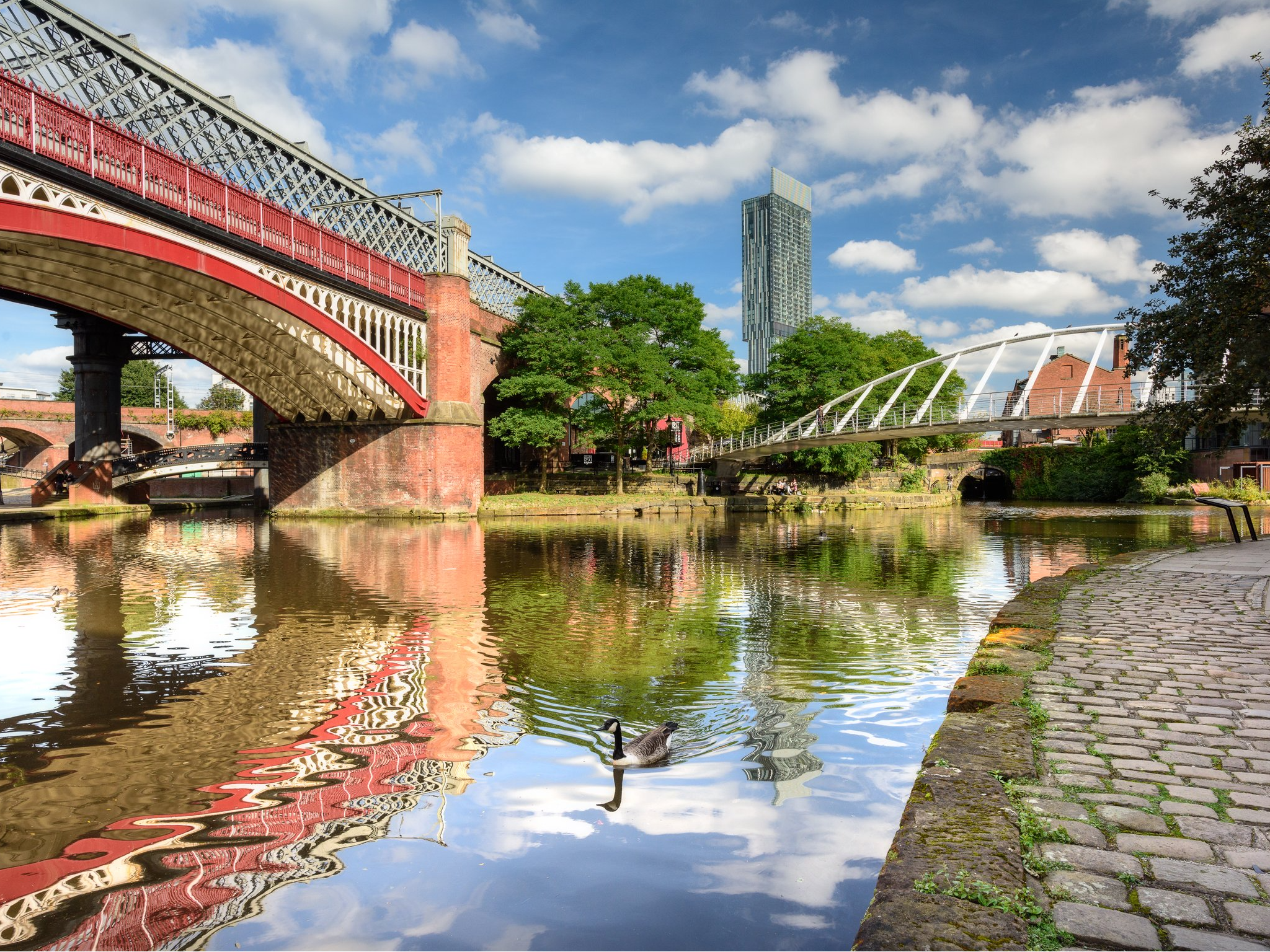 Discover surprising things about Manchester with a summer of new tours