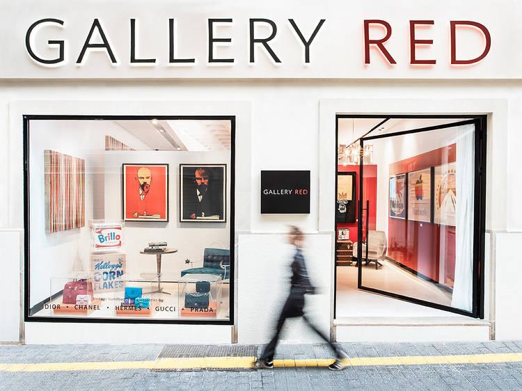 Empaparte de arte en Gallery Red