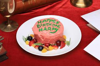 HAPPEE BIRTHDAE ケーキ