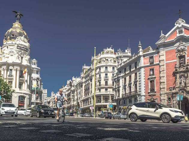 Ciclista en Madrid (foto: Pxhere)
