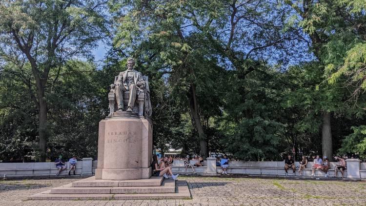 Lincoln statue Grant Park