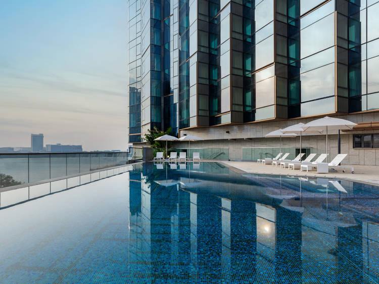 Hotel Diaries: Runway Dreams with the Sheraton Tung Chung