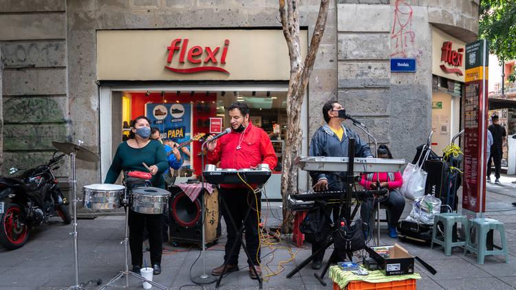 Los Hunos, banda callejera de la CDMX