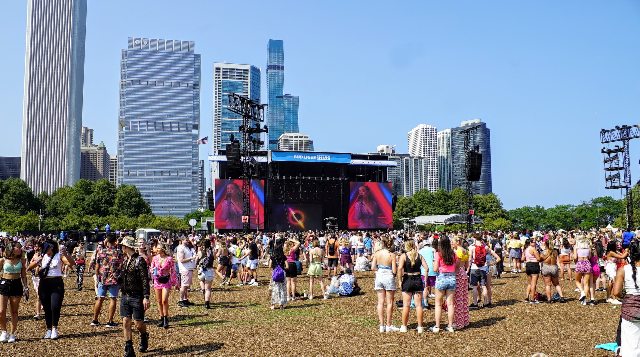 What it's like to attend Lollapalooza with thousands of people