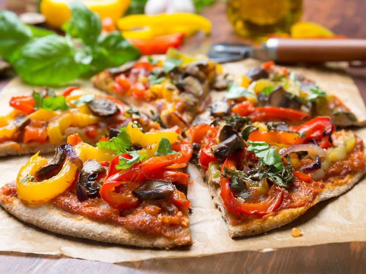 Arriba la ruta de la pizza vegana a Barcelona