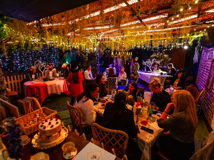 A boozy Alice in Wonderland experience