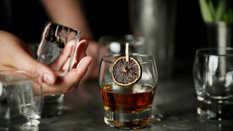 Arbella cocktail bar