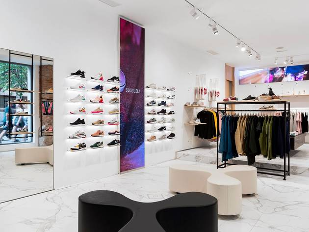 Consuela Store