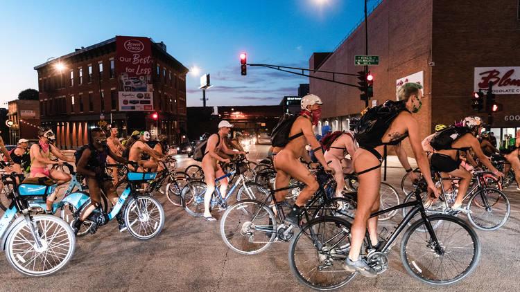 World Naked Bike Ride Chicago 2021