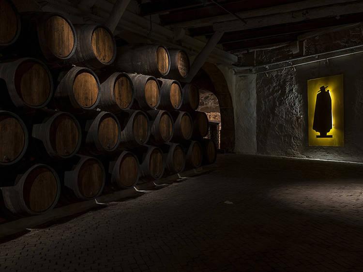 Conheça a história do vinho do Porto na Cave Museu Sandeman