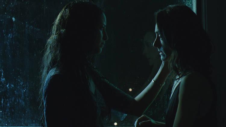 Still del largometraje Los días más oscuros de nosotras de Astrid Rondero